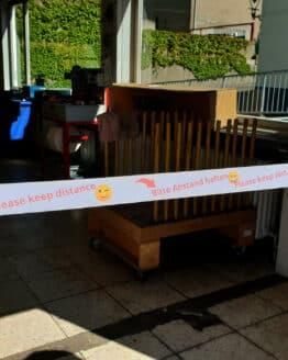 """Band """"Bitte Abstand halten mit Smileys"""", 1,5 m lang, inkl. Klettverschluss - corona-hilfsmittel"""