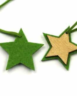 Geschenkanhänger Stern aus Filz + Holz, grün, 50mm, 12 Stück - geschenkanhaenger, accessoires