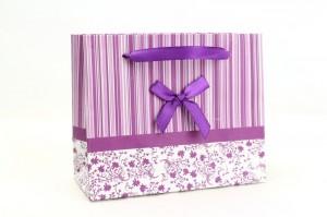Günstige Geschenktaschen für's bequeme Verpacken - parfumerie, juwelier, geschenkverpackungen