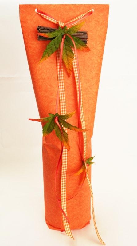 herbstliche flaschenverpackung orange geschenkband discount. Black Bedroom Furniture Sets. Home Design Ideas