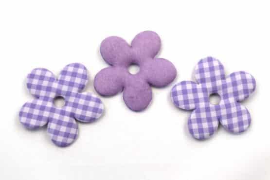 Karierte Dekoblüten, lila, 52 mm, 20 Stück - geschenkanhaenger, accessoires