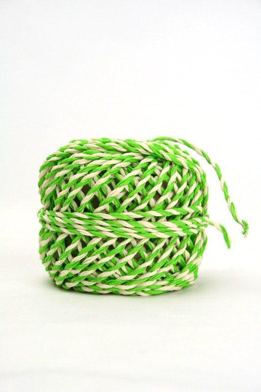 Zweifarbige Kordel grün-weiß, 2 mm - kordeln